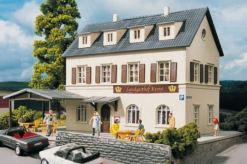 Piko Trains 61830 HO Scale Hobby Line Village Inn Building Kit