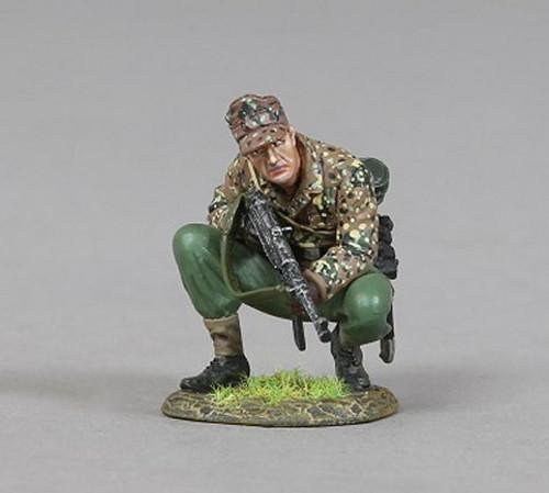 Thomas Gunn Miniatures SS069C World War II SS Soldier Kneeling With Base