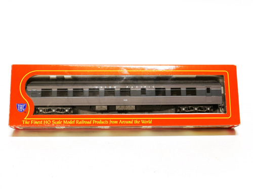 IHC HO Scale Union Pacific Overland Heavyweight Diner Passenger Car 2656