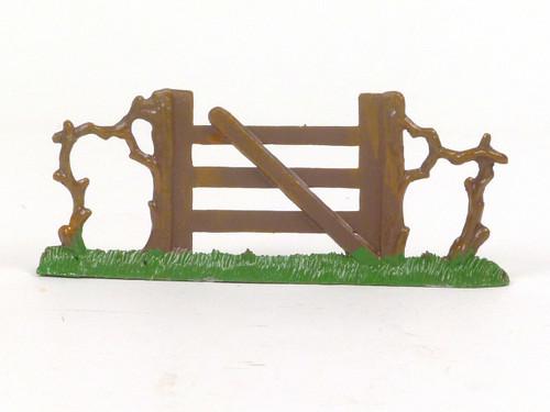 Hornung Art Miniature Metal Cast Gate with Grass base 64M Hand Painted