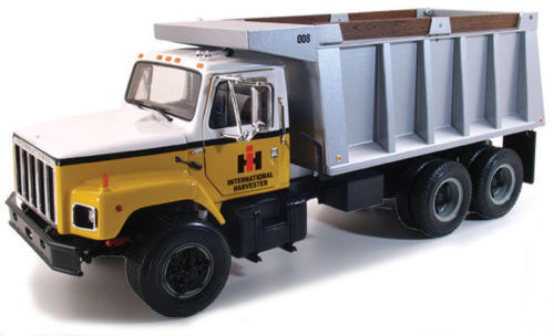First Gear Diecast International Harvester S Series Dump Truck 1/25 40-0190