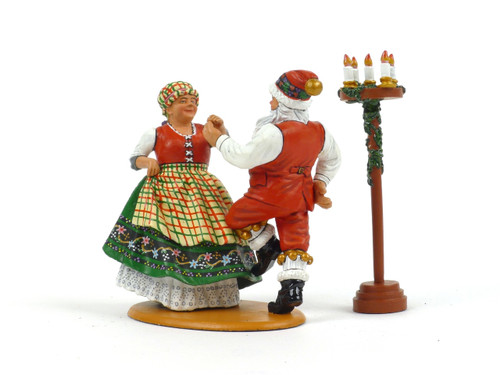 King & Country Toy Soldiers XM009-02 Mr and Mrs Claus Having Fun Christmas WWII