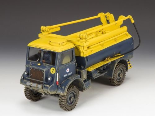 King & Country Soldiers RAF027 RAF Bedford QL Fuel Bowser UK Version 1/30 Scale