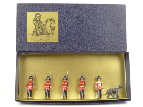 Blenheim Military Models B35 Irish Guards Mascot and Escort 1900
