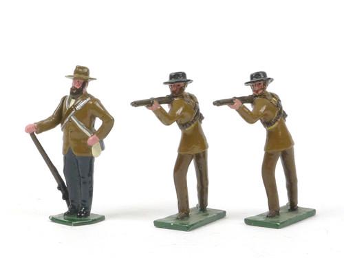 Blenheim Military Models B25 Boer War Series  Firing Boer Commandos and At Attention