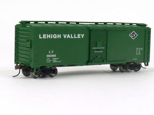 Bachmann Trains 17023 Lehigh Valley 40' Box Car-Ho Scale