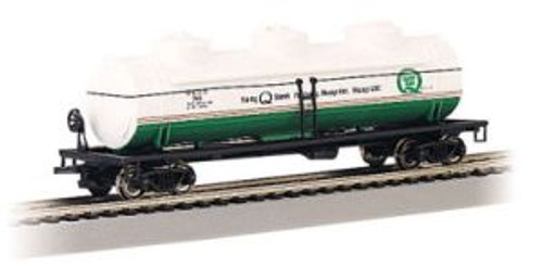 Bachmann Trains 17137 HO 40' Triple Dome Tank Car Quaker State