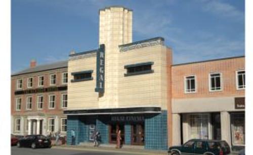Bachmann Trains 35004 HO Scale Bldg.Flat Regal Cinema