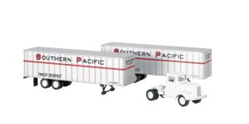 Bachmann Trains 42231 HO Scale 1950s SP Truck Cab w/2 Trailers