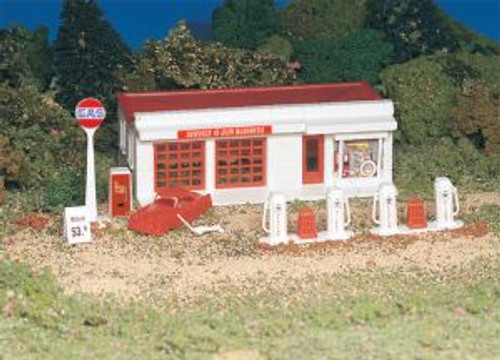 Bachmann Trains 45174 HO Scale Building Gas Station