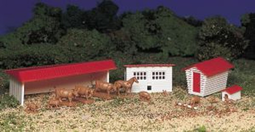 Bachmann Trains 45152 HO Scale Farm Buildings w/Animals