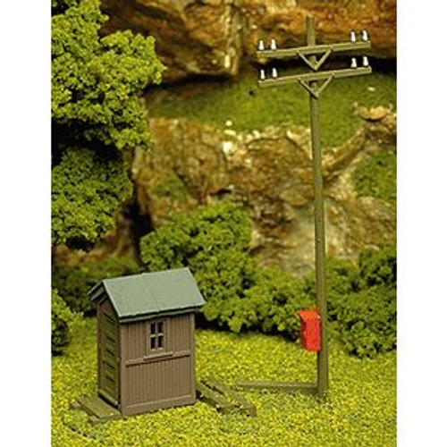 Atlas Trains 705 HO Scale Telephone Shanty & Pole Kit