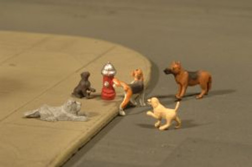 Bachmann Trains 33108 HO Scale Dogs w/Fire Hydrant/6pc