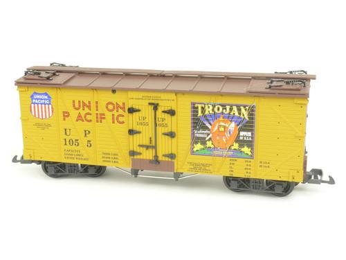 USA Trains R15024A Trojan Outside Braced Refrigerator Car American Series