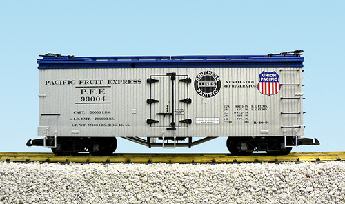 USA Trains R16004A Union Pacific Pacific Fruit Express Refrigerator Car