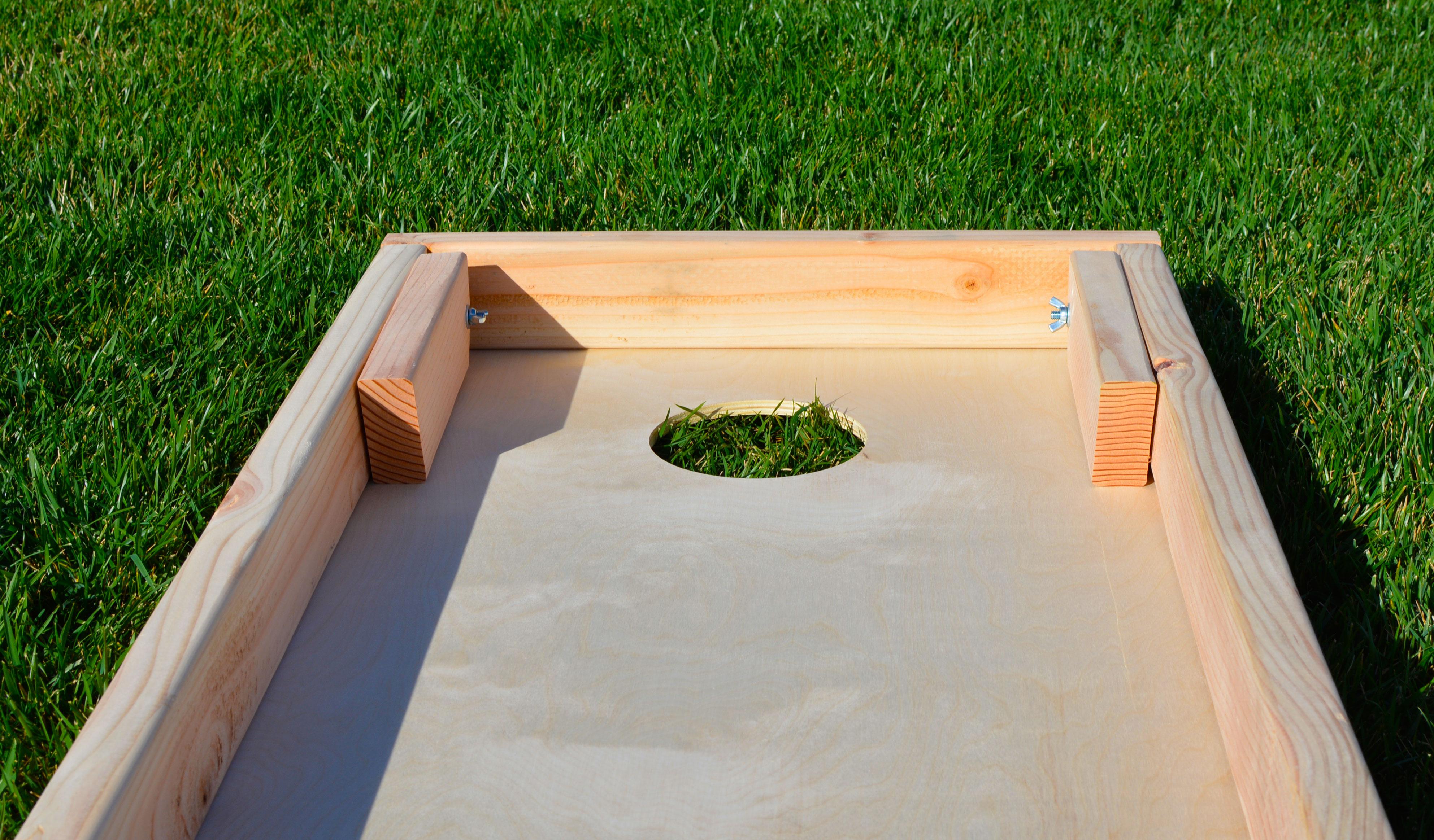 customcornhole1-cornhole-boards-legs-down.jpg