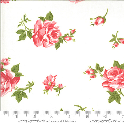 Moda Fabrics - Scattered Roses Porcelain Rosi - Pocketful of Posies - Chloe's Closet