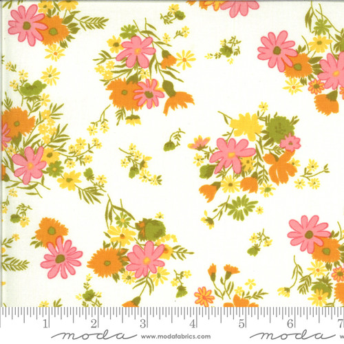 Moda Fabrics - Bouquets Cloud - Blooming Bunch  - Maureen McCormick