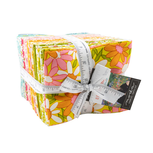Blooming Bunch FQ Precut - 32 pieces - Maureen McCormick