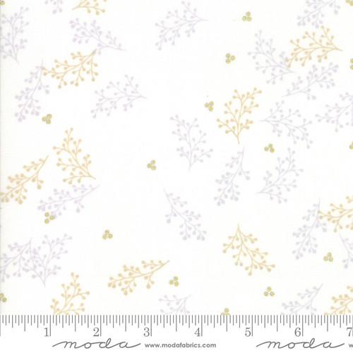 Moda Fabrics - Berries White - Chill - Zen Chic