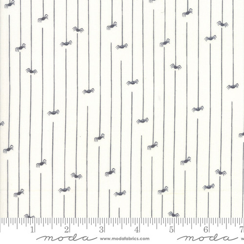Moda Fabrics - Spider Stripe Cream - Ghouls Goodies - Stacy Iest Hsu