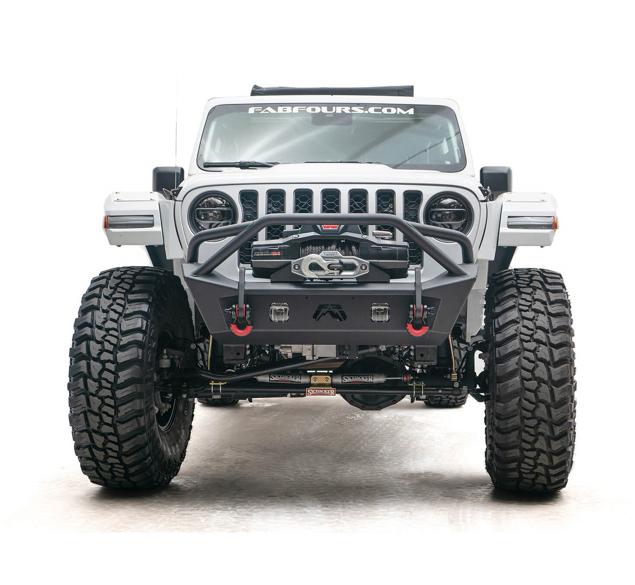 Fab Fours Stubby Front Bumper W/ Pre-Runner Guard For 18-20 Jeep JL/JT