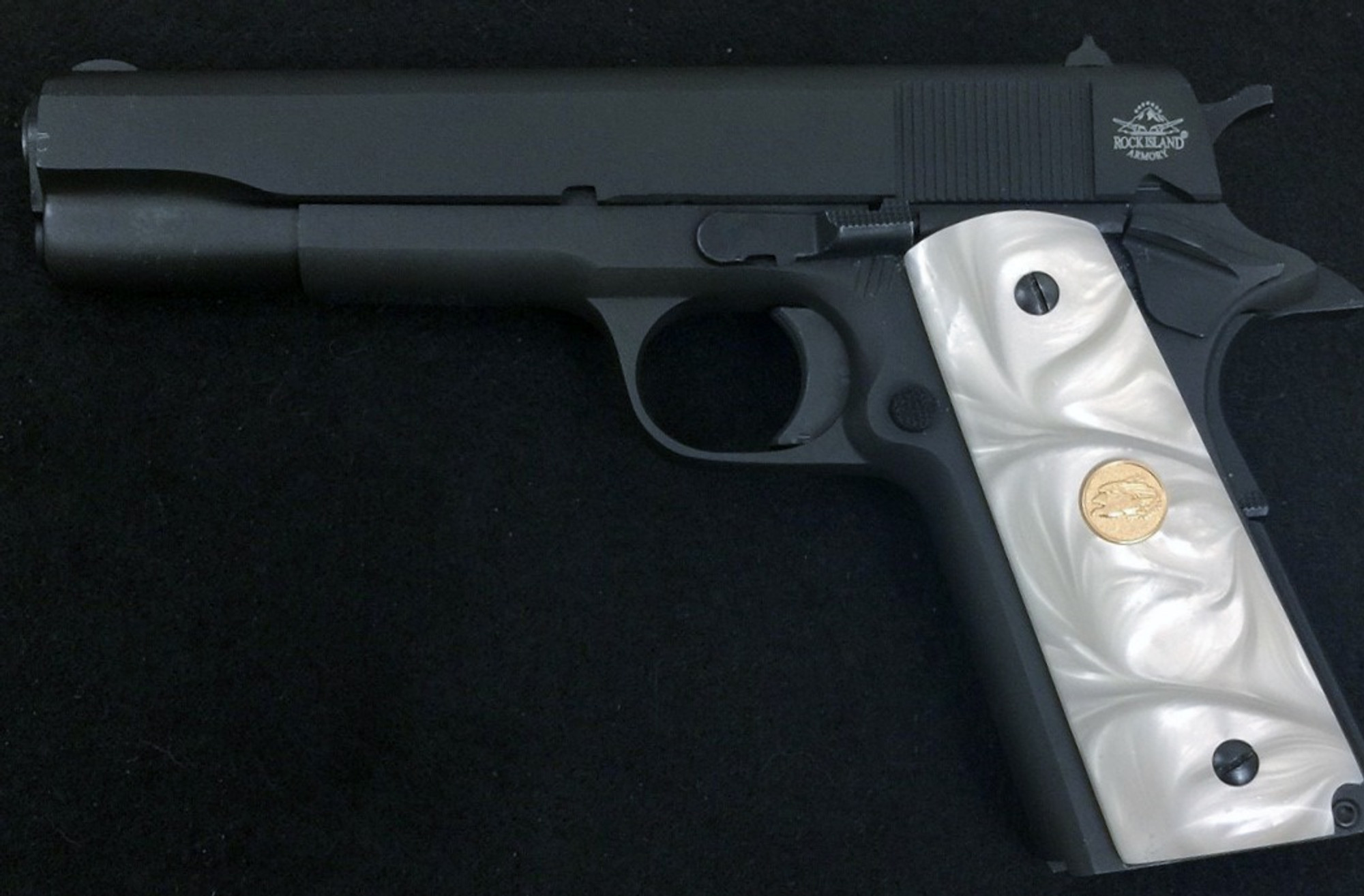 1911 Gun Grips Acrylic Pearl White W Gold Eagle Medallion Premium Gun Grips
