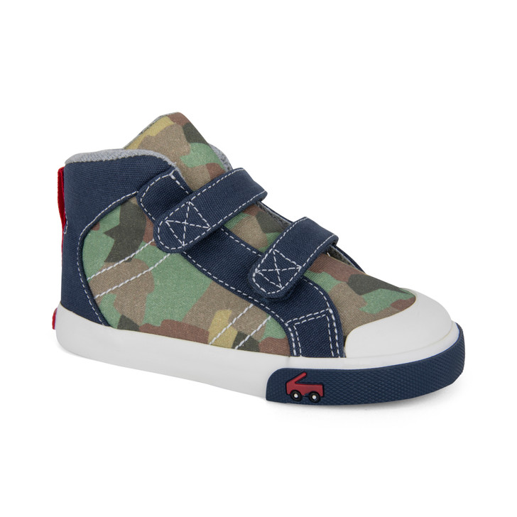 Front-Right Side view of Matty Camo shoe