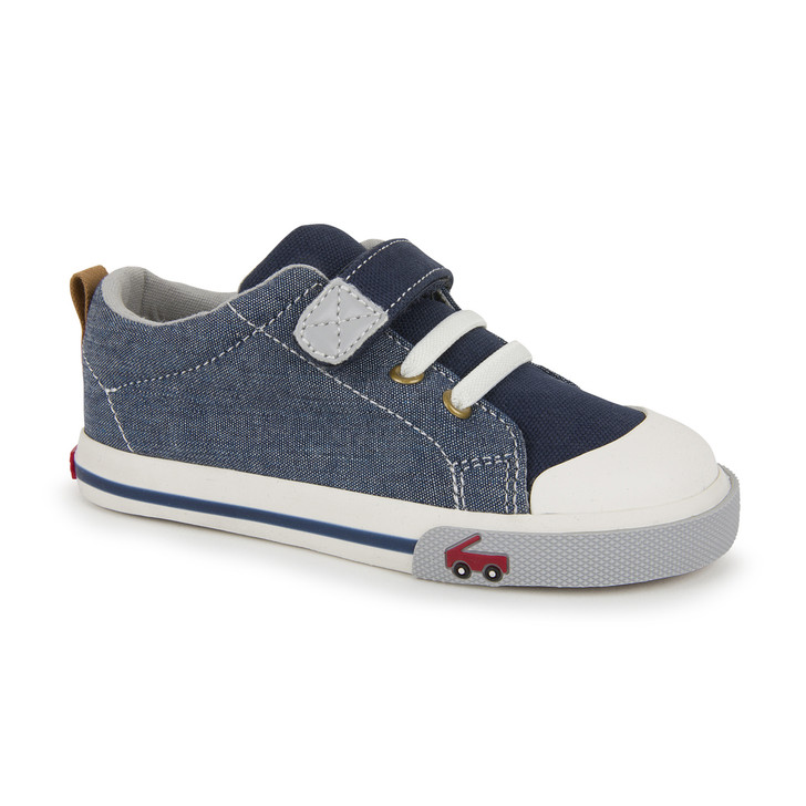 Front-Right Side view of Stevie II Chambray shoe