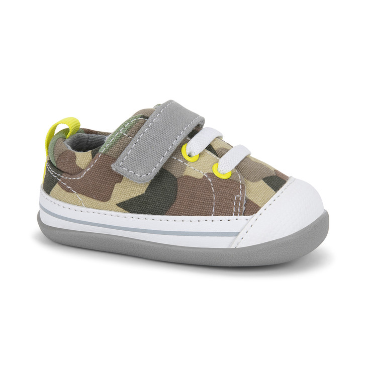 Front-Right Side view of Stevie (First Walker) Camo shoe