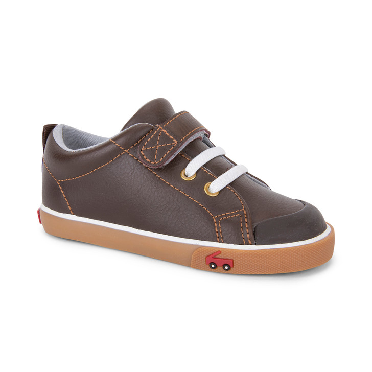 Front-Right Side view of the Stevie Leather Brown shoe