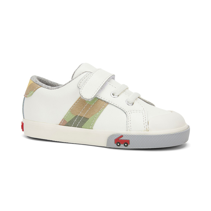 Front-Right Side view of the Lucci White Leather shoe