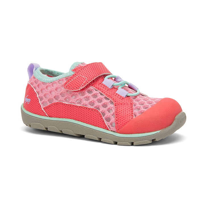 Front-Right Side view of the Anker Pink shoe