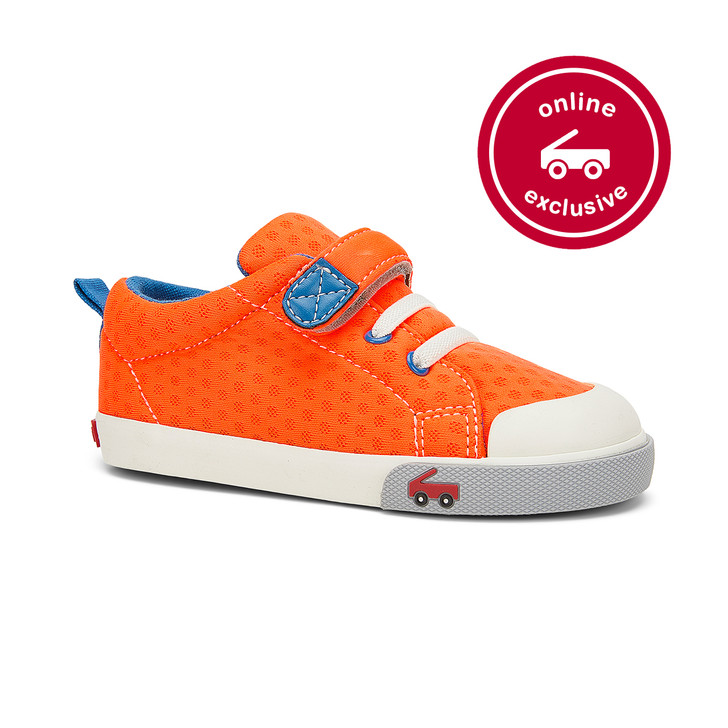 Front-Right Side view of the Stevie Orange Neon shoe