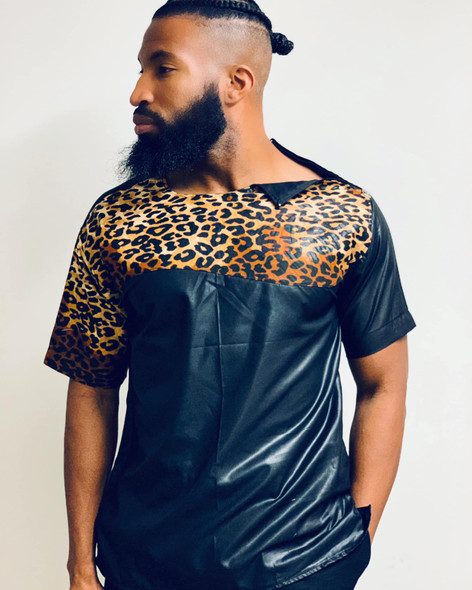 Short Sleeve Zipper Shoulder Black/Leopard Print
