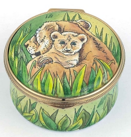 Staffordshire Lioness and Simba