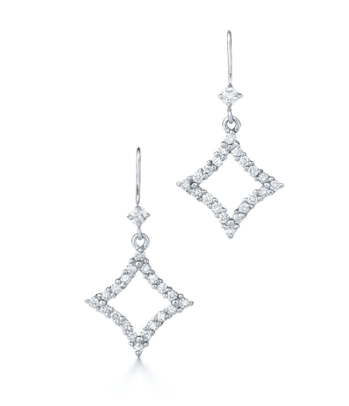 Kwiat Diamond earrings from the Evergreen Collection in 18K white gold