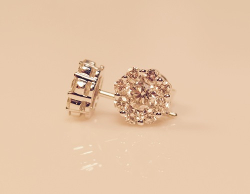Diamond Clusters Earrings in 14kt white gold 0.74ct