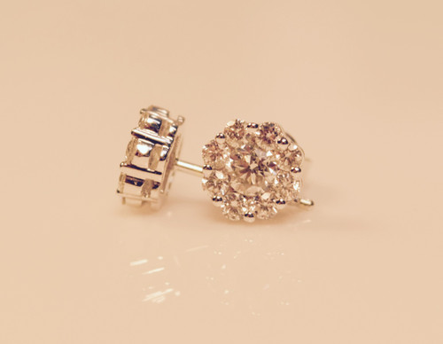 Diamond Clusters Earrings in 14kt white gold 1.00ct