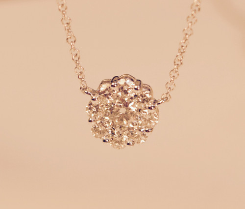 Diamond Clusters Pendant Necklace in white gold 0.75ct