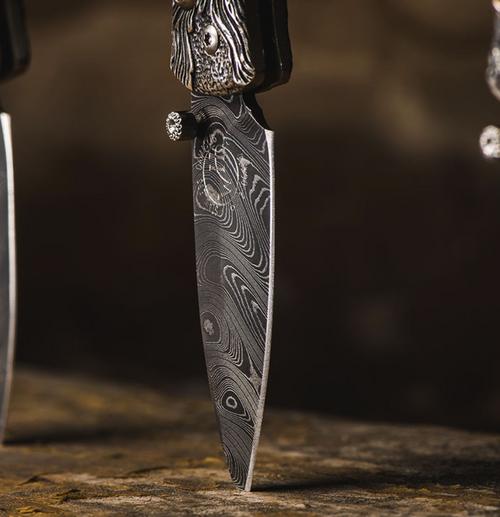 William Henry Morpheus Fire pocket knife.