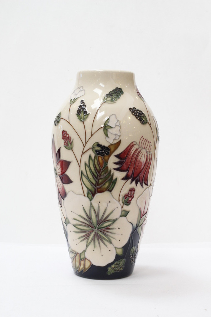 Moorcroft Bramble Revisited Vase 200/8, Alicia Amison