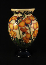 Moorcroft, Gillies, Vase, 370/6,  Paul Hilditch