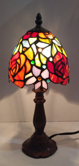 """Stained glass Tiffany style small table lamp - roses, 6"""" diameter"""