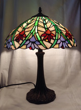 Tiffany style stained glass table lamp - floral