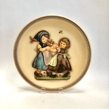 Goebel, Hummel, Annual, Plate, 1980, Bas-relief, Second Edition, Anniversary plate, Two Girls, Dancing, hand painted, Rodental, West Germany, HUM281, (1978), W. Goebel-Porzellandfabrick