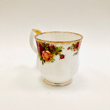 Royal Albert, Old Country Roses, Montrose, Mug, Coffee, Tea, Hot Chocolate, Vintage, Red, Roses, England,  Steampunk