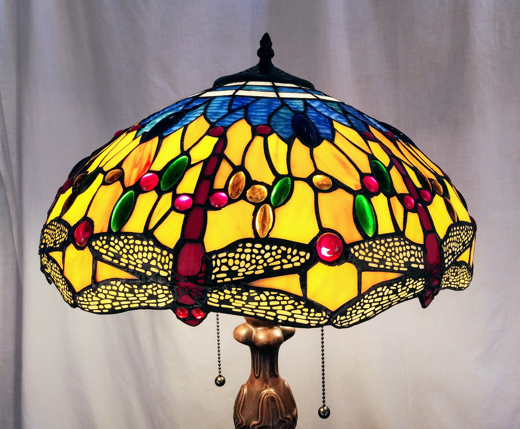 Image of: Tiffany Style Table Lamp Red Dragonflies Blue And Orange Background Ibon Antiques