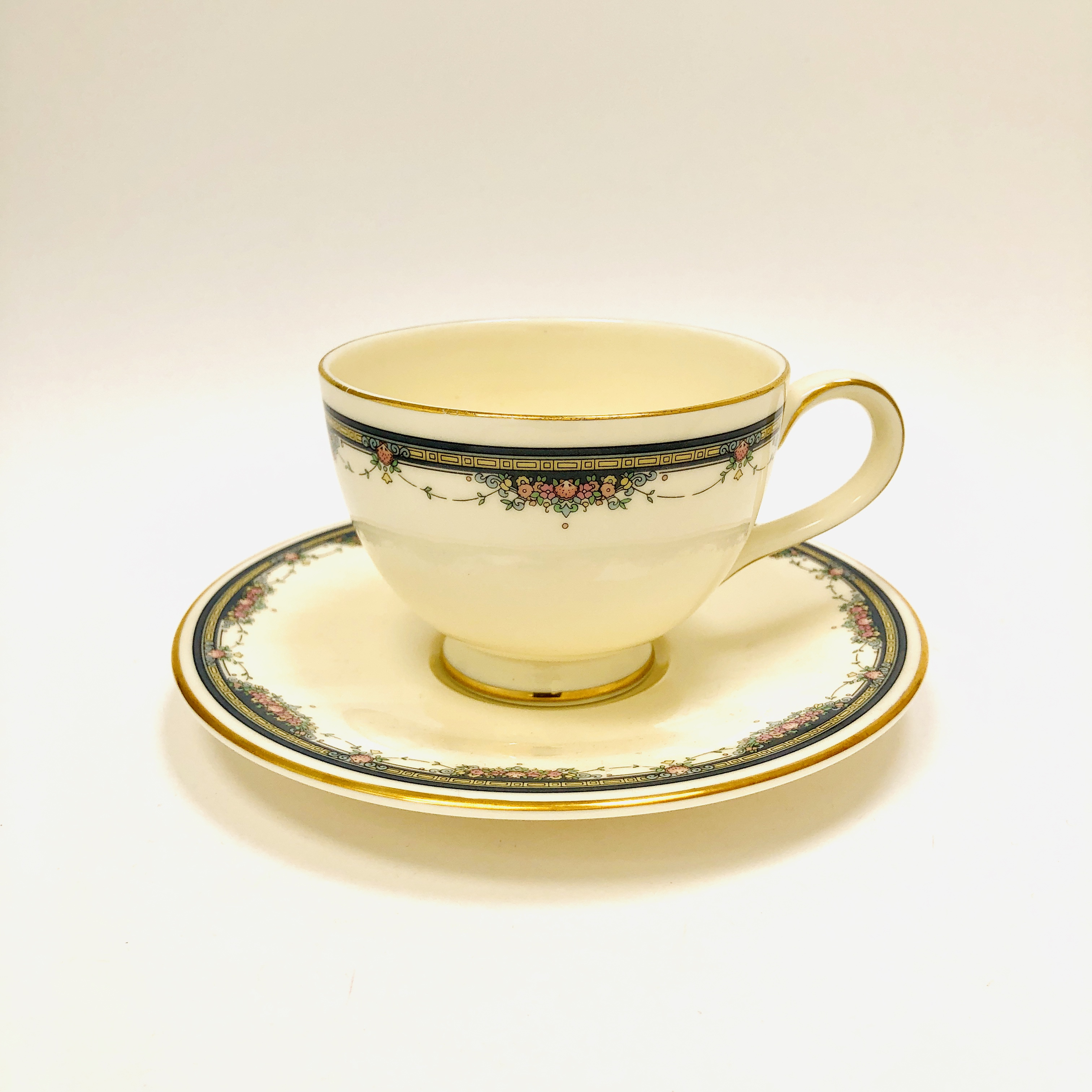 Royal Doulton Albany Fine Bone China Cup Saucer Cup And Saucer Vintage England Ibon Antiques