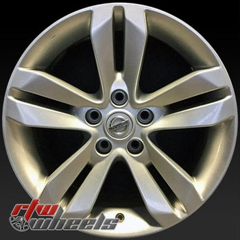 17 inch Nissan Altima  OEM wheels 62552 part# 40300ZX01B